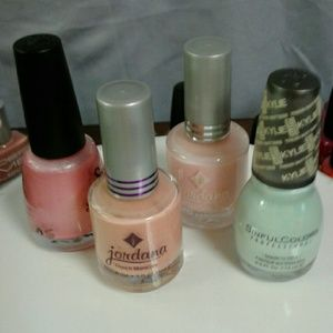 nail polish all kind of different colors
